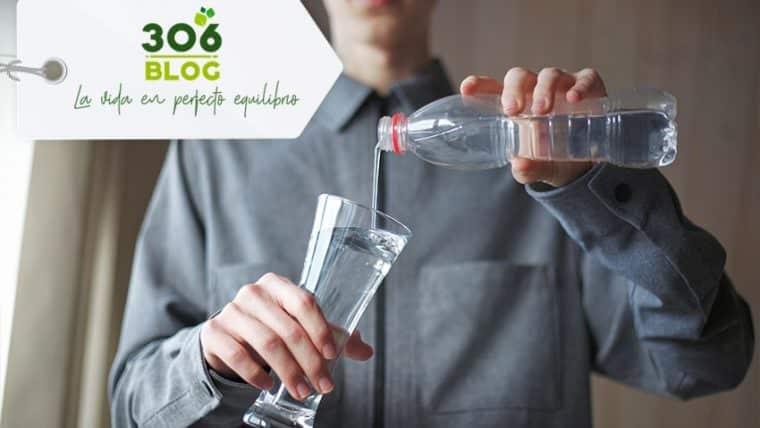 ¿Sabes cómo tomar agua correctamente?
